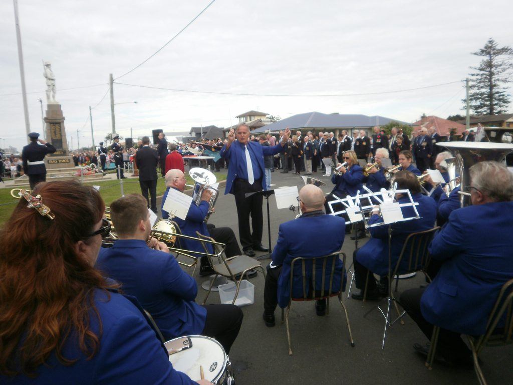 CNL Brass playing at the Stockton RSL Sub Branch 2017 ANZAC Day Morning Service